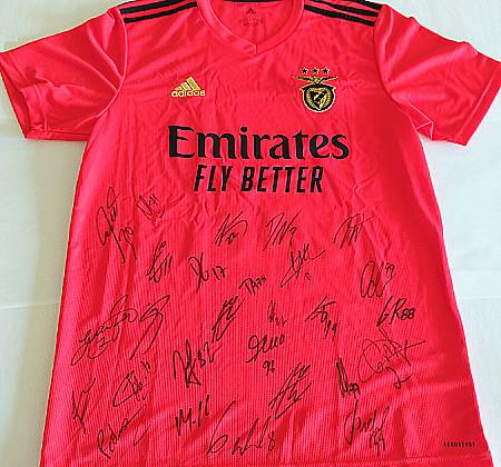 Official SLB jerseys, one signed by the players of the main team