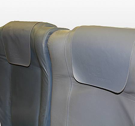 Economic triple chair from TAP Air Portugal aircraft  - 9