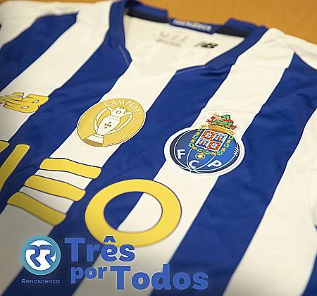 Camisola do jogador Sérgio Oliveira do Futebol Clube do Porto assinada pelo jogador