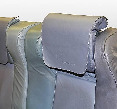 Executive triple chair from TAP Air Portugal aircraft  - 1