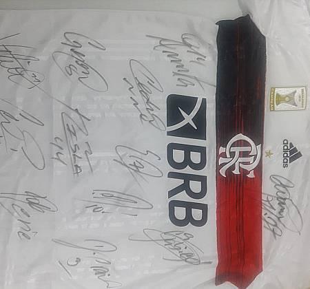 Camisa do Flamengo Edição Especial Autografada