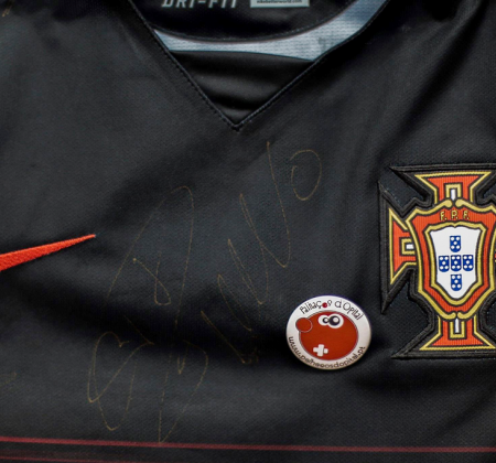 Portugal Nacional Football Team shirt autographed by CR7