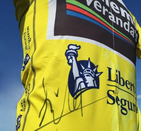 Camisola Amarela autografada - Prólogo em Viseu – Gaetan Bille – Belga - Volta a Portugal