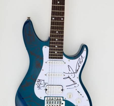 Miley Cyrus - Guitarra autografada - Rock in Rio