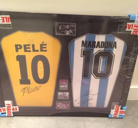 Camisolas autografadas pelo Pelé e Maradona