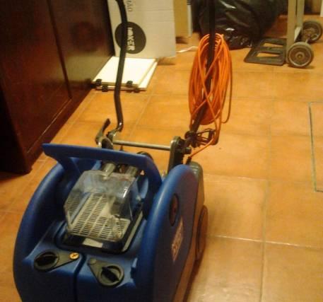 Máquina de lavar o chão