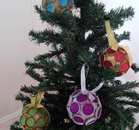 Bolas de Natal de Caricas