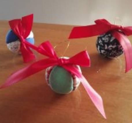 Bolas de natal em tecido