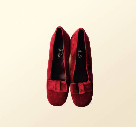 Red shoes worn by the singer Rita Redshoes