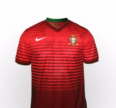 Portuguese National Team jersey autographed by the entire team