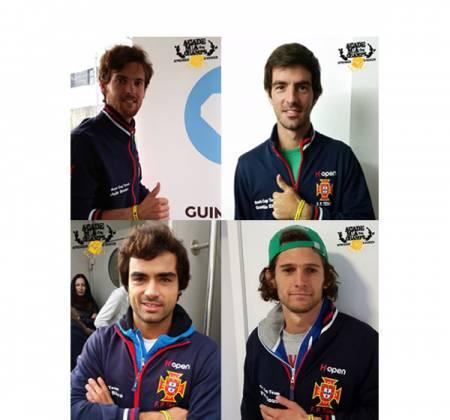 Camisola oficial da Seleção Portuguesa de Ténis autografada pela equipa