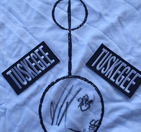 Seth Troxler | Refeição para 10 pessoas no restaurante Smokey Tails & artigos Tuskegee autografados