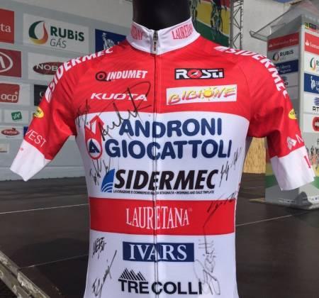 Camisola autografada pela equipa Androni Giocattoli - Sidermec | Volta a Portugal