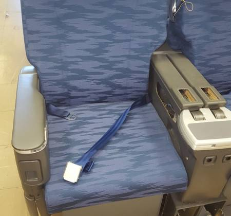 Executive double chair TAP A330 airplane | 11