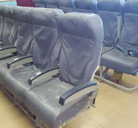 Economy triple chair from TAP A320 airplane | 12