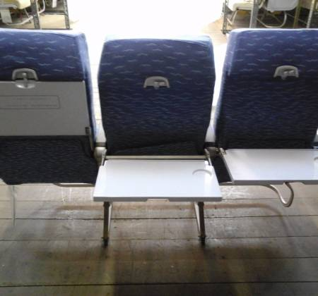Economy triple chair, blue colour arm, from TAP A320 airplane| 1