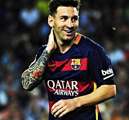 Camisola do Barcelona autografada pelo Lionel Messi