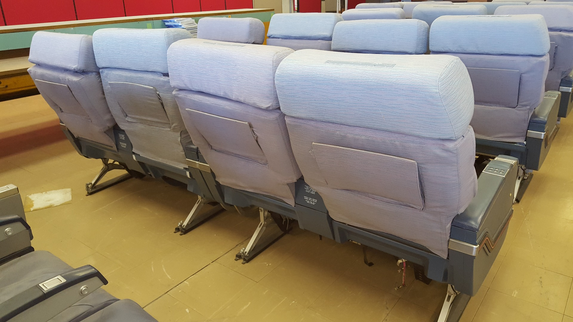 Executive double chair TAP A340 airplane   32