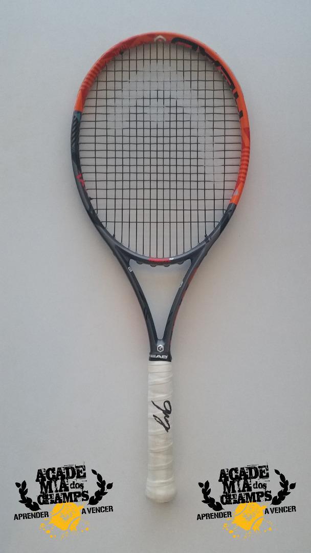 Raquete Original de Gastão Elias autografada pelo tenista