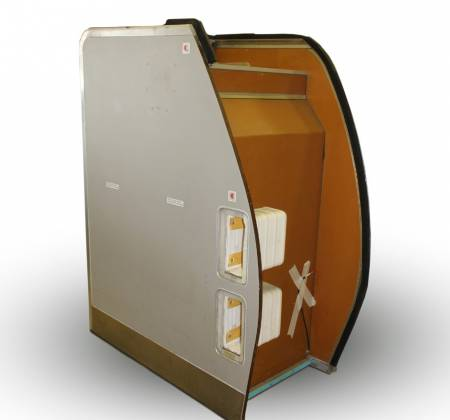 Suits and emergency cabinet from a TAP A319 airplane | 51