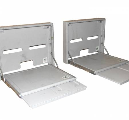 Extensible table of cabin crew from a TAP A319 airplane  | 46