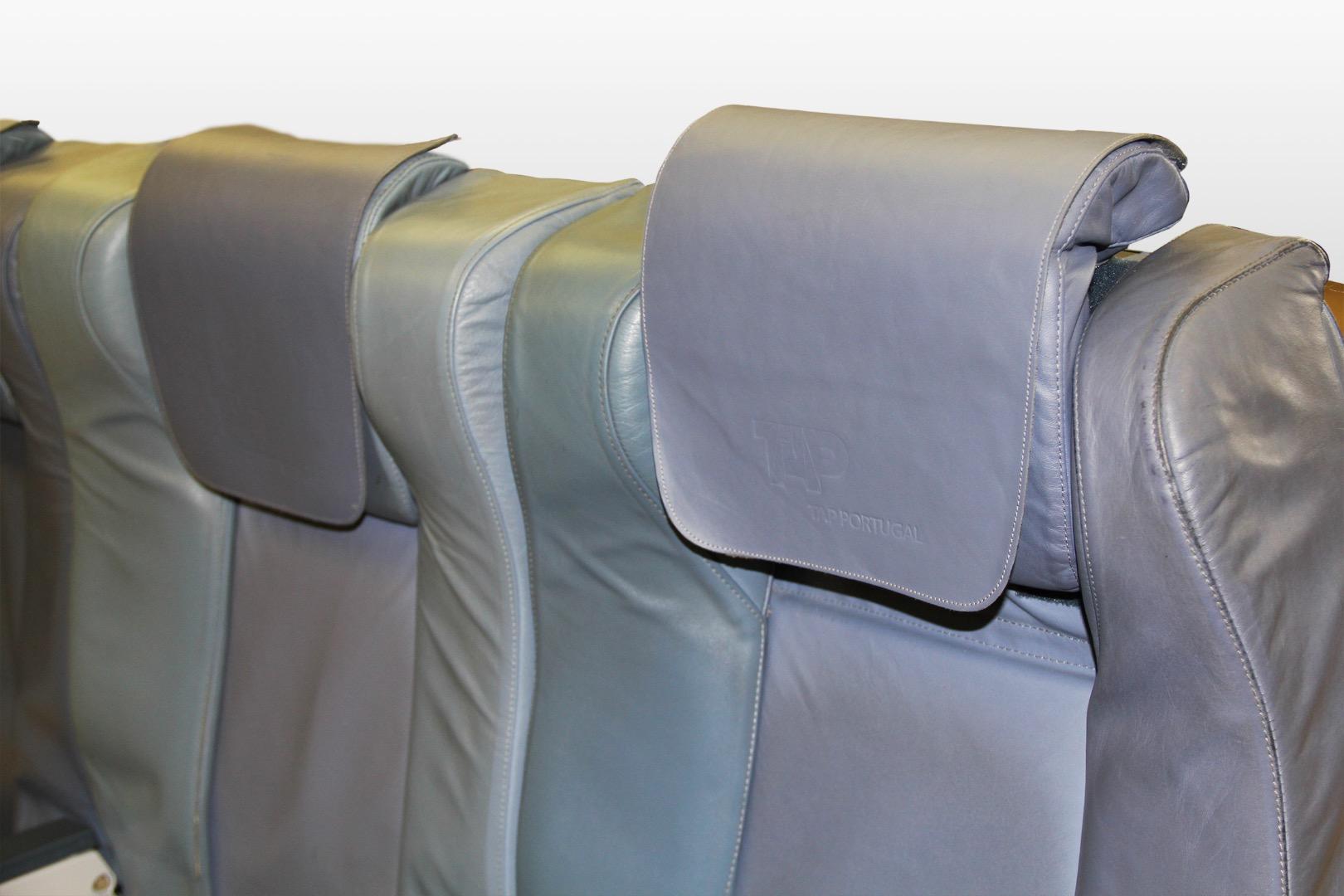 Cadeira tripla de executiva do avião A319 da TAP | 15