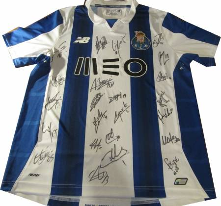 FC Porto official t-shirt 2016/2017, signed by the entire team