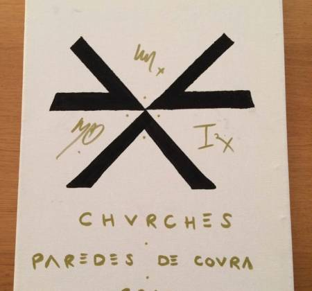 Painting by Chvrches on Vodafone Paredes de Coura