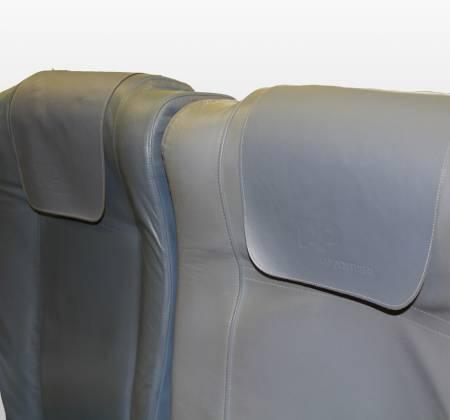 Cadeira tripla de económica do avião A319 TTK da TAP - 35