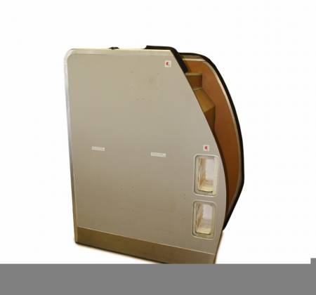 Suits and emergency cabinet from TAP A319 CS-TTH airplane - 34