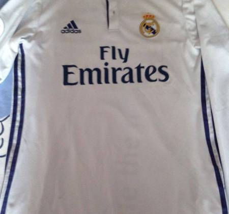 Jersey used and autographed by Cristiano Ronaldo
