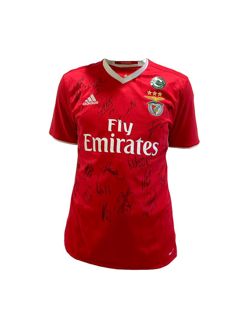Camisola do Sport Lisboa e Benfica autografada por todo o plantel