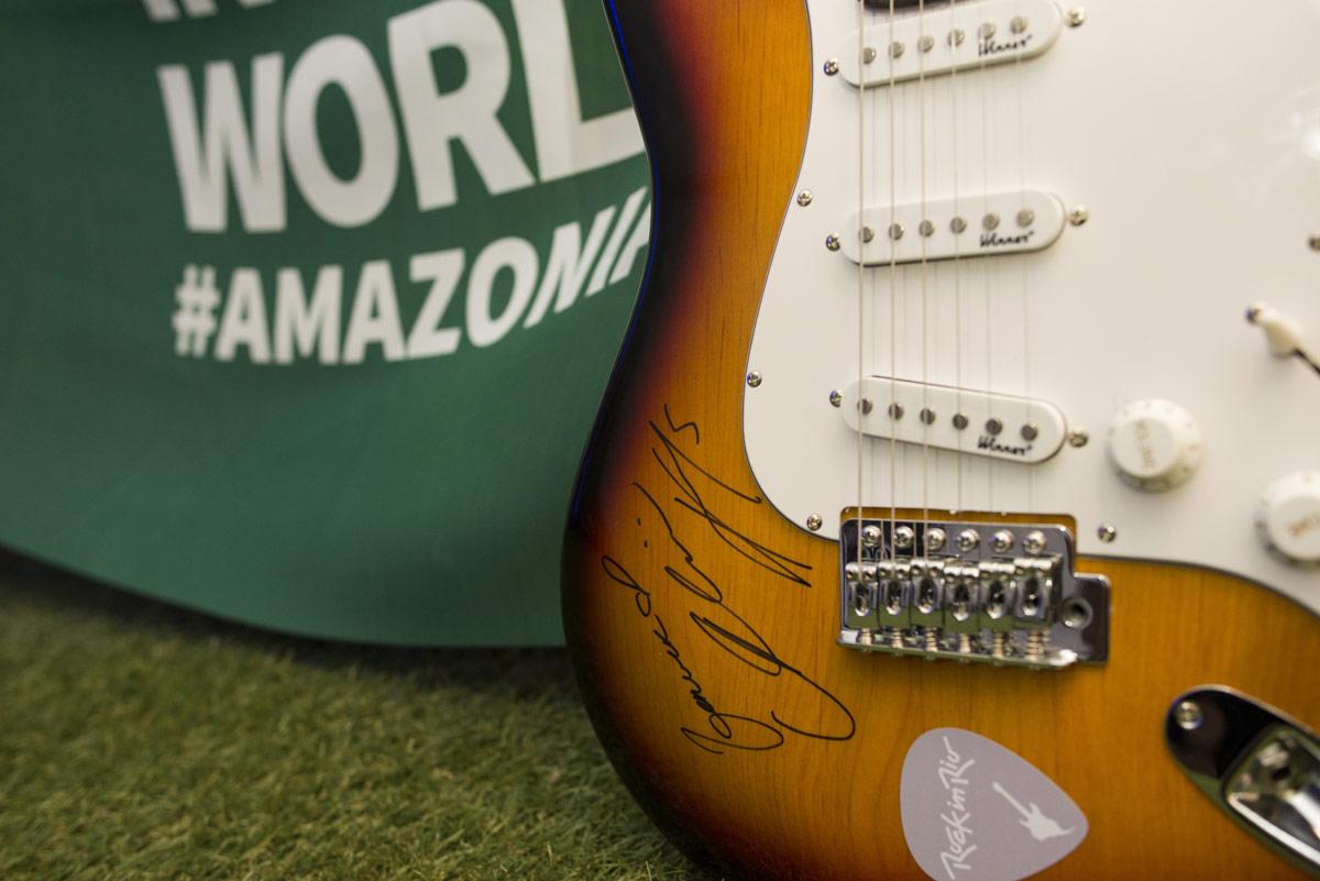 Guitarra autografada pela Alicia Keys - Rock in Rio 2017