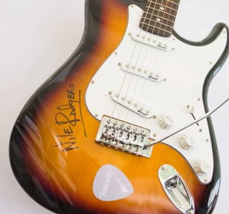 Guitar signed by Nile Rodgers - Rock in Rio 2017