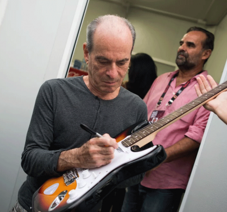 Guitar signed by Ney Matogrosso - Rock in Rio 2017