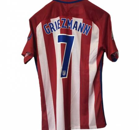 Camisola de Griezmann do Atlético de Madrid autografada pelo plantel