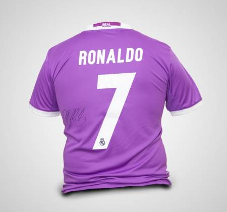 Real Madrid shirt signed by Cristiano Ronaldo CR7