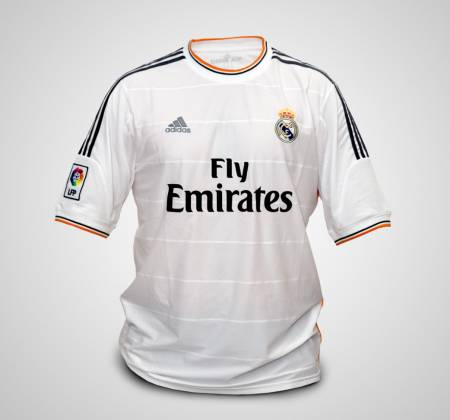 Real Madrid jersey autographed by Sergio Ramos
