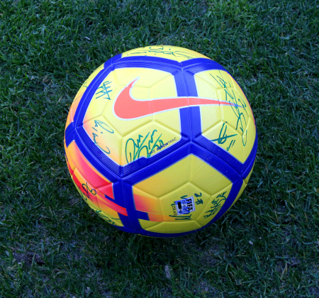 Nike ball signed by the team of the FC Porto - Taça CTT Final Four