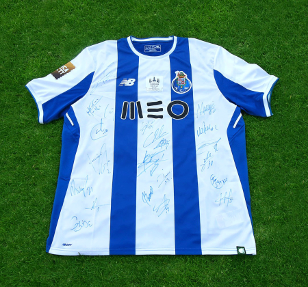 Camisola do FC Porto autografada pelo plantel - Taça CTT Final Four