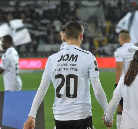 Camisola oficial do jogo Vitória SC x CF Belenenses - João Aurélio 20