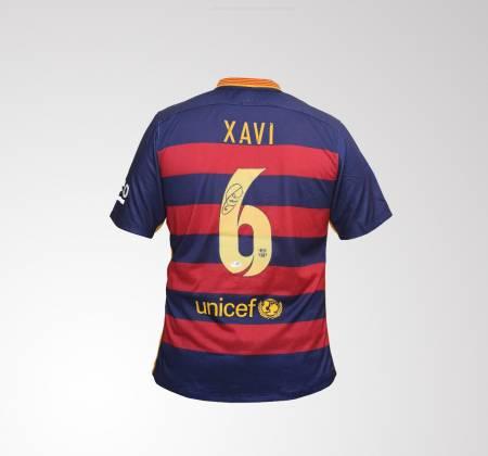 Camisola de Xavi do FC Barcelona autografada pelo jogador
