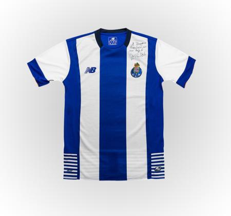Camisola do FC Porto autografada pelo Presidente Pinto da Costa
