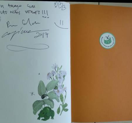 Livro e disco autografado intitulado Mão Verde