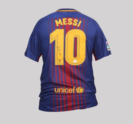Messi's jersey of FC Barcelona autographed by the player