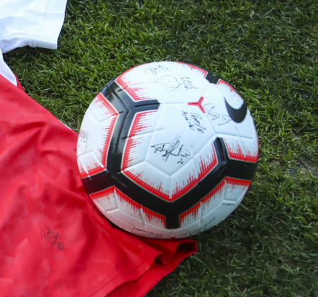 Nike Ball Autographed by SC Braga squad - at the Final Four 2019