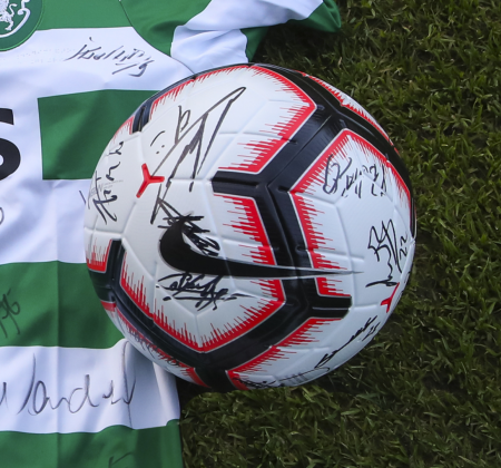 Nike Ball Autographed by Sporting CP squad - at the Final Four 2019