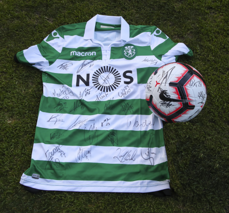 Camisola do Sporting CP autografada pelo plantel - Final Four 2019