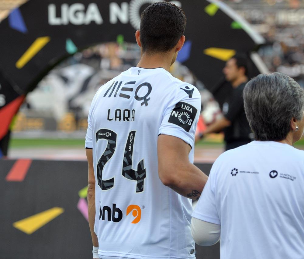 Camisola de Osório do Vitória SC usada em jogo