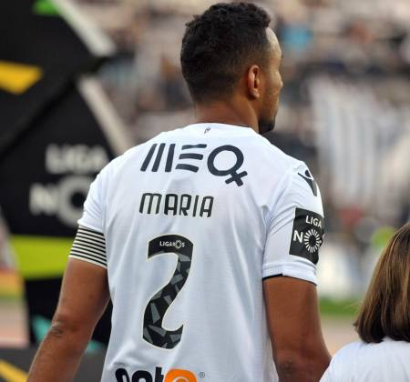 Vitória SC jersey worn by Pedro Henrique at a game